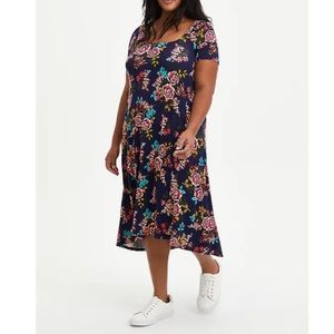 🆕Super Soft Navy Floral Hi-Low A-Line Dress 3X 22